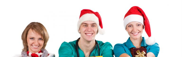 6 Awesome Things About Travel Nursing During the Holidays